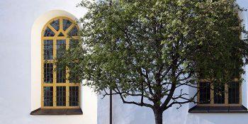 MINNESGUDSTJÄNST i Sollerö kyrka.