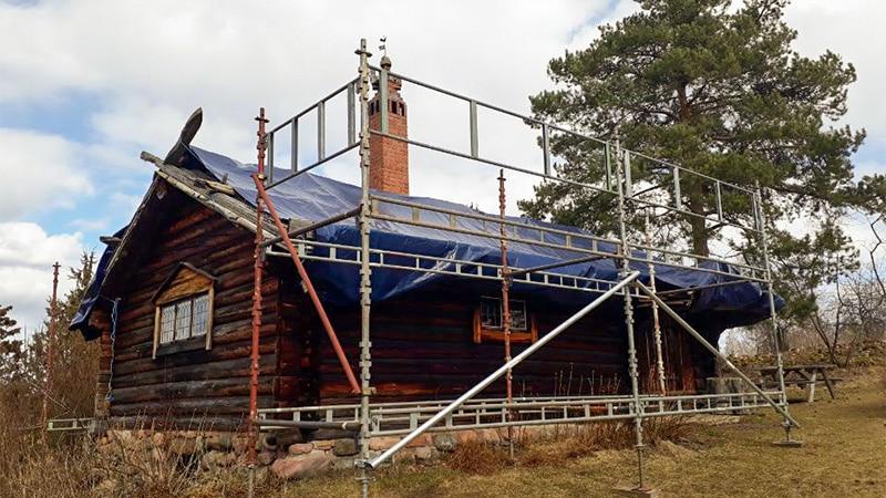 Snart nytt tak på Lärkastugan!